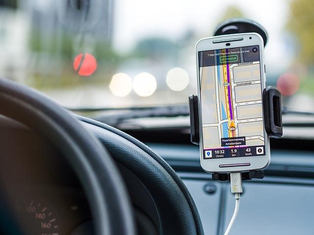 Aksesoris Yang Cukup Membantu Anda Di Dalam Mobil