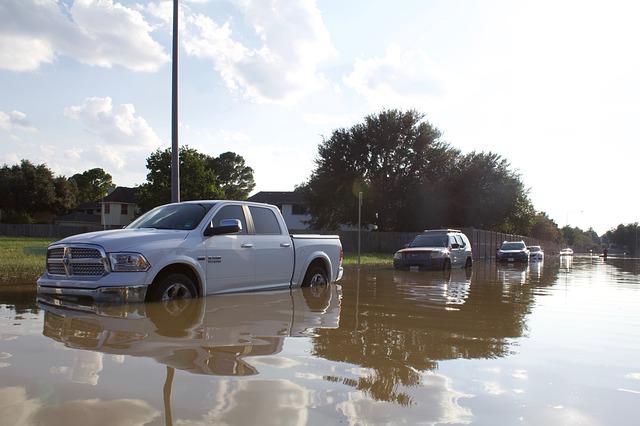 Asuransi Mobil Garda Oto Melindungi Mobil Anda Dari Resiko Bencana Alam