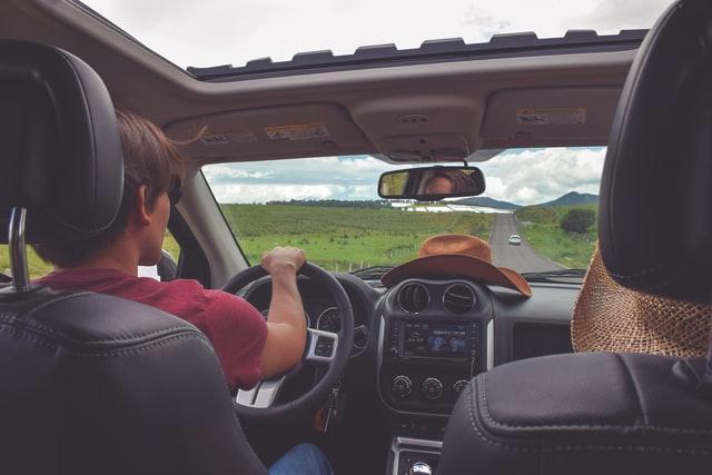 Tips Mahir Mengendarai Mobil Manual Bagi Pemula