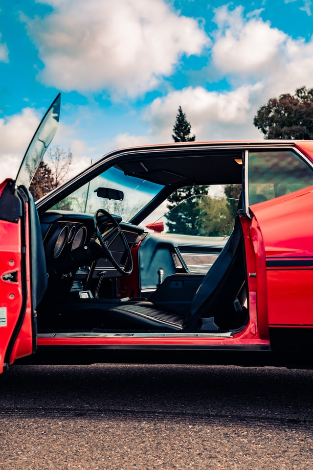 Bagian-Bagian Ini Mungkin Menjadi Sumber Bau Pada Mobil Anda