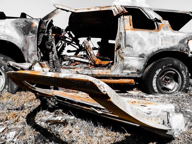 Langkah Yang Harus Anda Ambil Kalau Tiba-Tiba Mobil Anda Terbakar