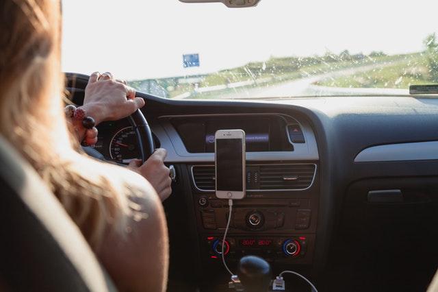 Anda Wanita? Simak Tips Mengemudi Dari Asuransi Mobil Garda Oto Berikut