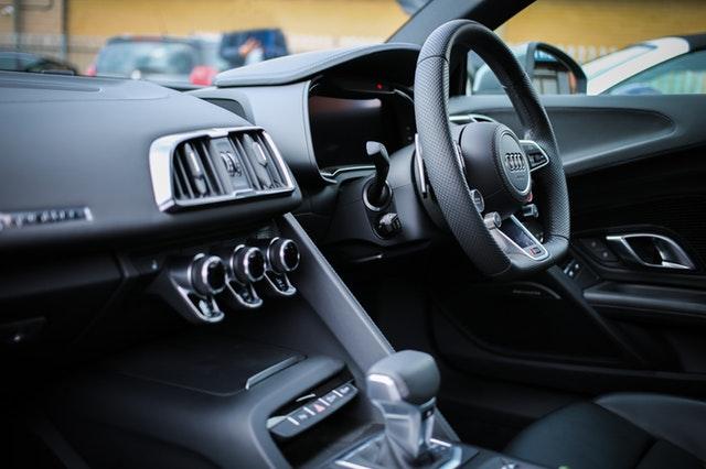 Tips Mengemudikan Mobil Matic