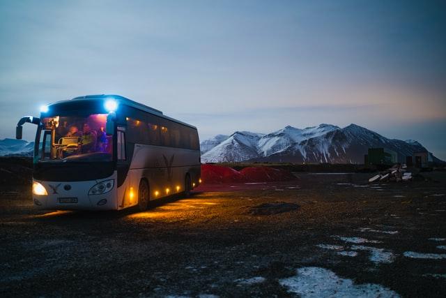 Perihal Mesin Bus Yang Tidak Dimatikan Ketika Berhenti Di Rest Area, Pemborosan Atau Kebutuhan?